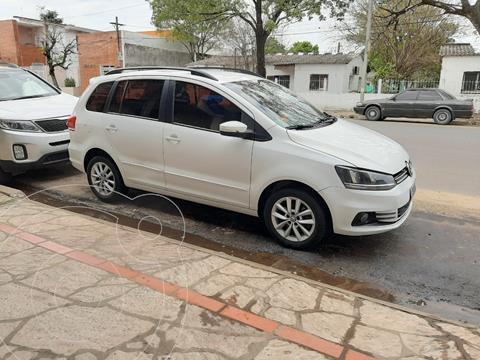 Volkswagen Suran 1.6 Trendline usado (2015) color Blanco Cristal precio $950.000
