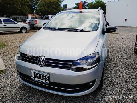 foto Volkswagen Suran Edición Limitada usado (2014) color Plata precio $810.000
