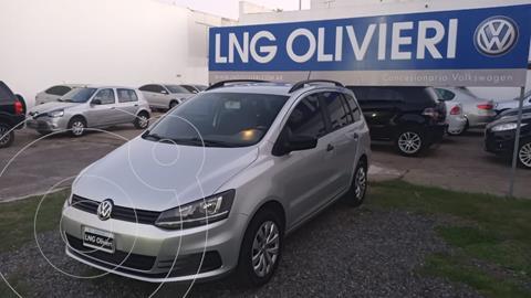Volkswagen Suran 1.6 Comfortline usado (2016) color Plata Reflex precio $1.585.000