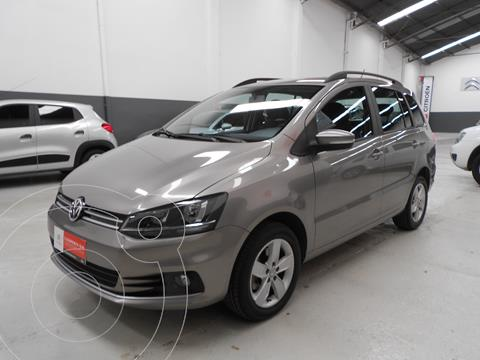 Volkswagen Suran 1.6 Trendline usado (2017) color Beige Arena precio $1.328.400