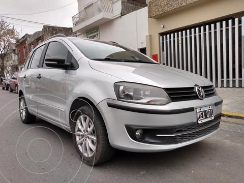 Volkswagen Suran 1.6 Highline usado (2014) color Plata Reflex precio $1.350.000