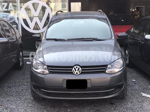 Volkswagen Suran 1.6 Comfortline Plus usado (2013) color Gris Vulcano precio $670.000