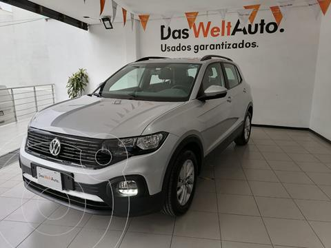 foto Volkswagen T-Cross Trendline Aut usado (2020) color Plata precio $349,000