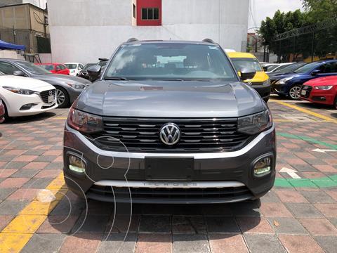 Volkswagen T-Cross Comfortline Aut usado (2020) color Gris precio $379,000