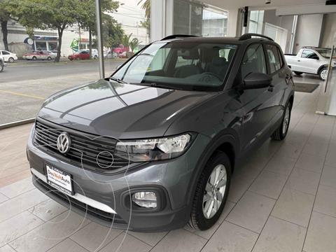 Volkswagen T-Cross Trendline Aut usado (2021) color Gris precio $375,000
