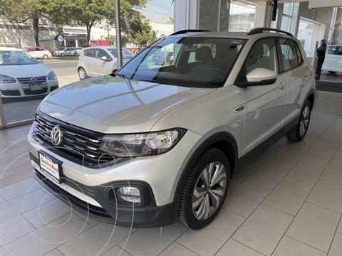 Volkswagen T-Cross Comfortline Aut usado (2020) color Plata precio $375,000