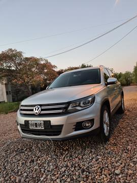 Volkswagen Tiguan 2.0 TSi Premium Aut usado (2014) color Gris precio $2.750.000