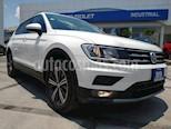 Foto venta Auto usado Volkswagen Tiguan Comfortline 5 Asientos Piel (2019) color Blanco precio $419,000