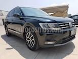 Foto venta Auto usado Volkswagen Tiguan Comfortline 7 Asientos Tela (2018) color Negro Profundo precio $387,000
