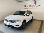 Foto venta Auto usado Volkswagen Tiguan Comfortline 7 Asientos Tela (2018) color Blanco precio $389,990
