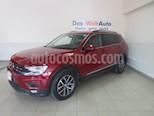 Foto venta Auto usado Volkswagen Tiguan Comfortline 7 Asientos Tela color Rojo Rubi