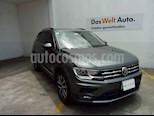 Foto venta Auto usado Volkswagen Tiguan Comfortline (2018) color Gris precio $380,000