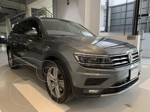 Volkswagen Tiguan Highline usado (2018) color Gris precio $480,000