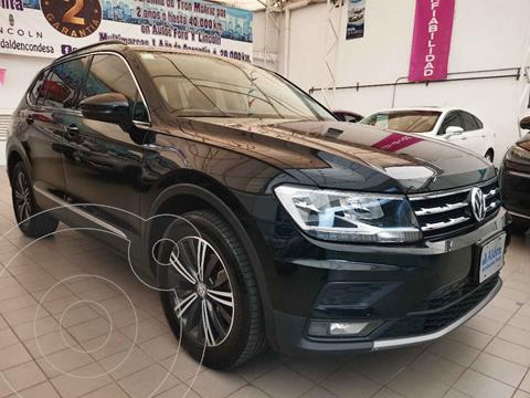 foto Volkswagen Tiguan Comfortline usado (2019) color Negro precio $389,000