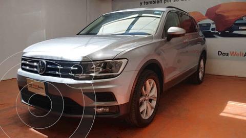 Volkswagen Tiguan Comfortline 5 Asientos Piel usado (2020) color Plata precio $417,000
