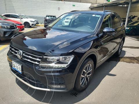 Volkswagen Tiguan COMFORTLINE 1.4L DSG L4 3A FILAS usado (2018) color Negro Profundo precio $415,000