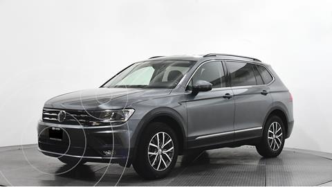 Volkswagen Tiguan Comfortline usado (2018) color Gris precio $382,370
