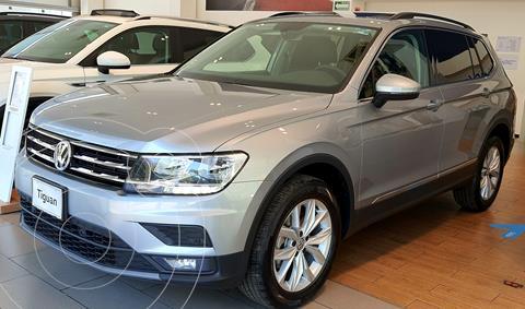 Volkswagen Tiguan Comfortline 5 Asientos nuevo color Plata financiado en mensualidades(enganche $16,100 mensualidades desde $16,100)