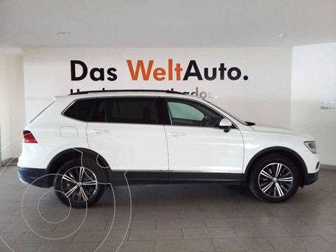 Volkswagen Tiguan Comfortline 5 Asientos Piel usado (2020) color Blanco precio $405,500