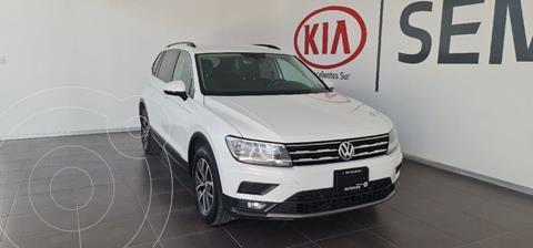Volkswagen Tiguan Comfortline usado (2018) color Blanco precio $325,000