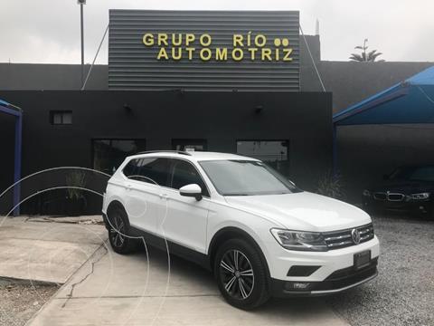 Volkswagen Tiguan Comfortline usado (2019) color Blanco precio $429,000