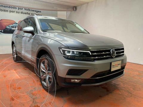 Volkswagen Tiguan Highline usado (2020) color Plata precio $599,000