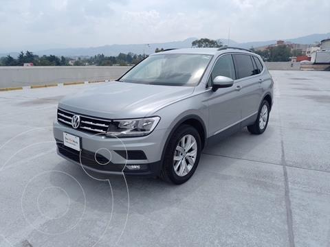 Volkswagen Tiguan Comfortline usado (2020) color Plata Dorado precio $490,000