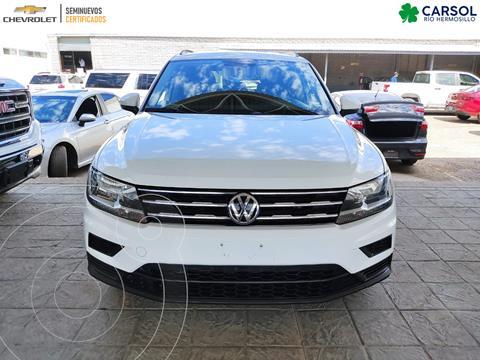 Volkswagen Tiguan Comfortline usado (2018) color Blanco precio $320,000