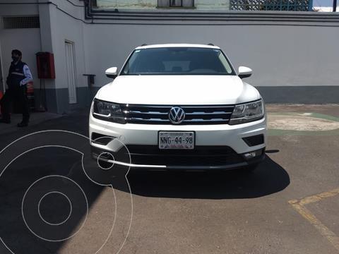 Volkswagen Tiguan Comfortline usado (2020) color Blanco precio $425,000
