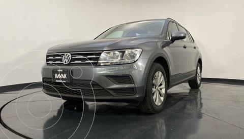 Volkswagen Tiguan Comfortline 7 Asientos Tela usado (2019) color Gris precio $332,999