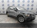 Foto venta Auto usado Volkswagen Tiguan Trendline Plus (2018) color Gris Platino precio $359,000