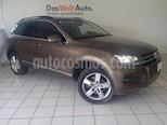 Foto venta Auto usado Volkswagen Touareg 4.2L V8 FSI  (2012) color Marron precio $289,900