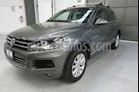 Foto venta Auto usado Volkswagen Touareg 5p V6/3.6 Aut (2014) color Gris precio $345,000