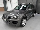 Foto venta Auto usado Volkswagen Touareg 5p V6/3.6 Aut (2014) color Gris precio $300,000