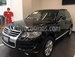 Foto venta Auto usado Volkswagen Touareg 5p V8 Tiptronic A/A Clim 4x4 R-19 (2009) color Negro precio $225,000