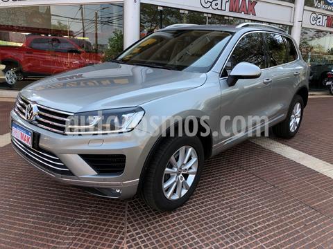 Volkswagen Touareg 3.0 TDi Premium usado (2016) color Bronce precio $7.910.000