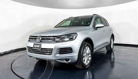 Volkswagen Touareg 3.6L V6 usado (2014) color Plata precio $357,999