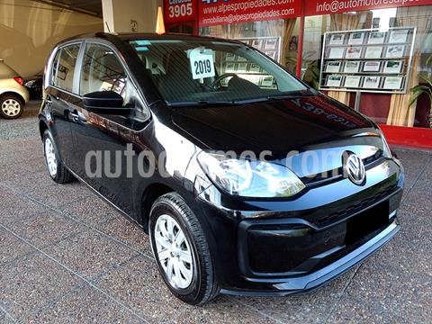 Volkswagen up! 5P 1.0 take up! + usado (2019) color Negro precio $1.330.000