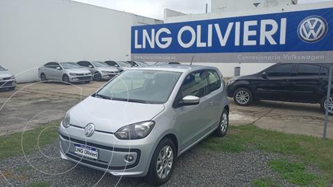 Volkswagen up! 3P 1.0 high up! usado (2014) color Plata precio $1.390.000