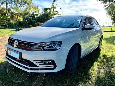 Volkswagen Vento GLI GLi 2.0 TSI DSG Nav usado (2017) color Blanco precio u$s23.300