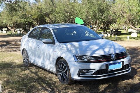 Volkswagen Vento GLI GLi 2.0 TSI DSG Nav usado (2018) color Gris Platinium precio $3.850.000