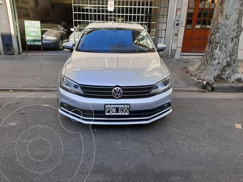 Volkswagen Vento 2.5 Advance Plus MT usado (2015) color Gris precio $1.780.000