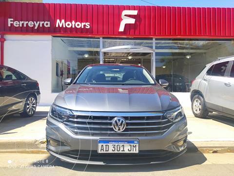 Volkswagen Vento 1.4 TSI Highline usado (2018) color Gris precio $3.650.000