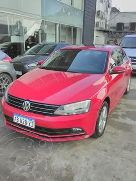 Volkswagen Vento 1.4 TSI Comfortline Aut usado (2017) color Rojo precio $2.585.000