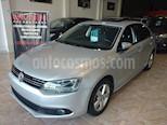 foto Volkswagen Vento 2.5 FSI Luxury Tiptronic usado (2011) color Gris Claro precio $650.000