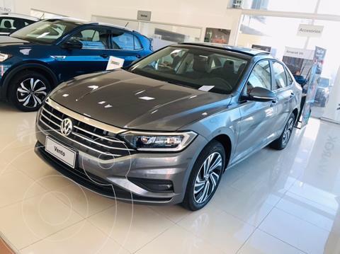 Volkswagen Vento 1.4 TSI Highline Aut nuevo color Gris Platinium precio $5.750.000