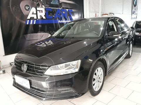 Volkswagen Vento 2.0 FSI Advance usado (2016) color Negro Profundo financiado en cuotas(anticipo $1.000.000)