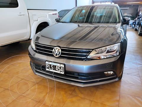 Volkswagen Vento 2.5 FSI Luxury Tiptronic usado (2015) color Gris Platinium precio $2.150.000