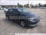 Foto venta Auto Seminuevo Volkswagen Vento Comfortline Tiptronic (2017) color Gris Oscuro precio $175,000