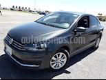 Foto venta Auto usado Volkswagen Vento Comfortline (2016) color Gris Carbono precio $148,000